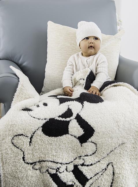 COZYCHIC® CLASSIC DISNEY MINNIE MOUSE BABY BLANKET