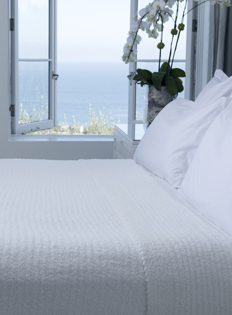 COZYCHIC® RIBBED BED BLANKET