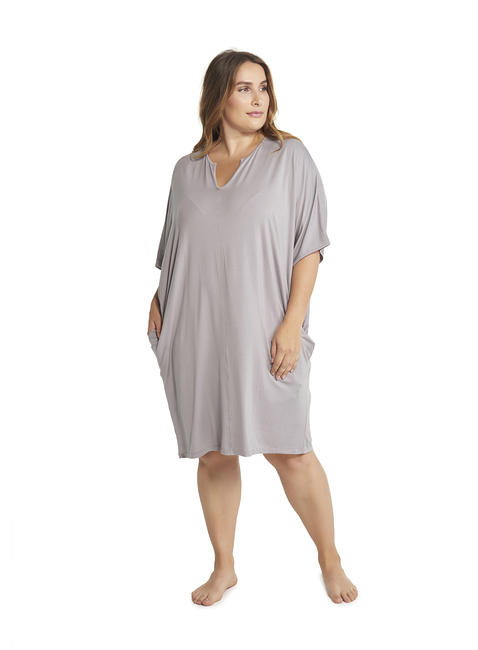 LUXE MILK JERSEY® PLUS SIZE SHORT CAFTAN